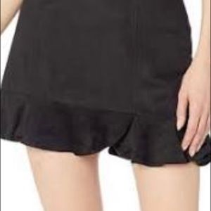 Jack by BB Dakota black suede skirt size: L